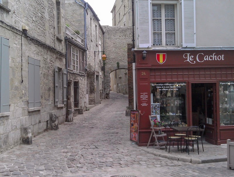 Senlis, France street and restaurant
